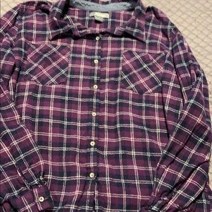 Natural's checkered flannel. Long sleeve.